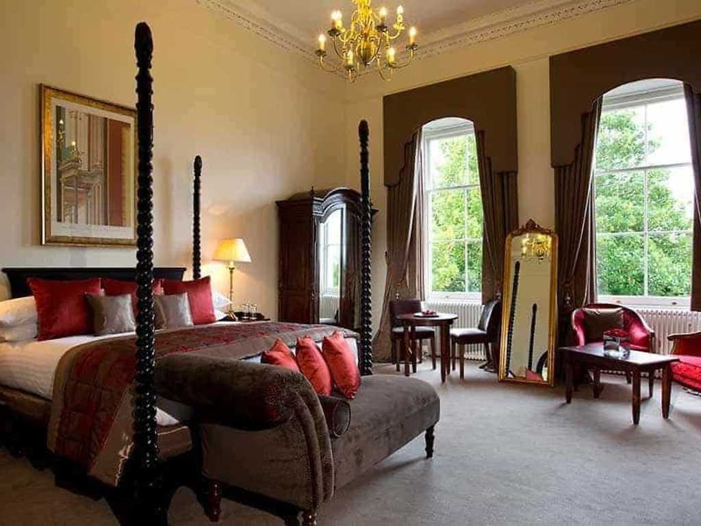 Feature room, Bailbrook House Hotel