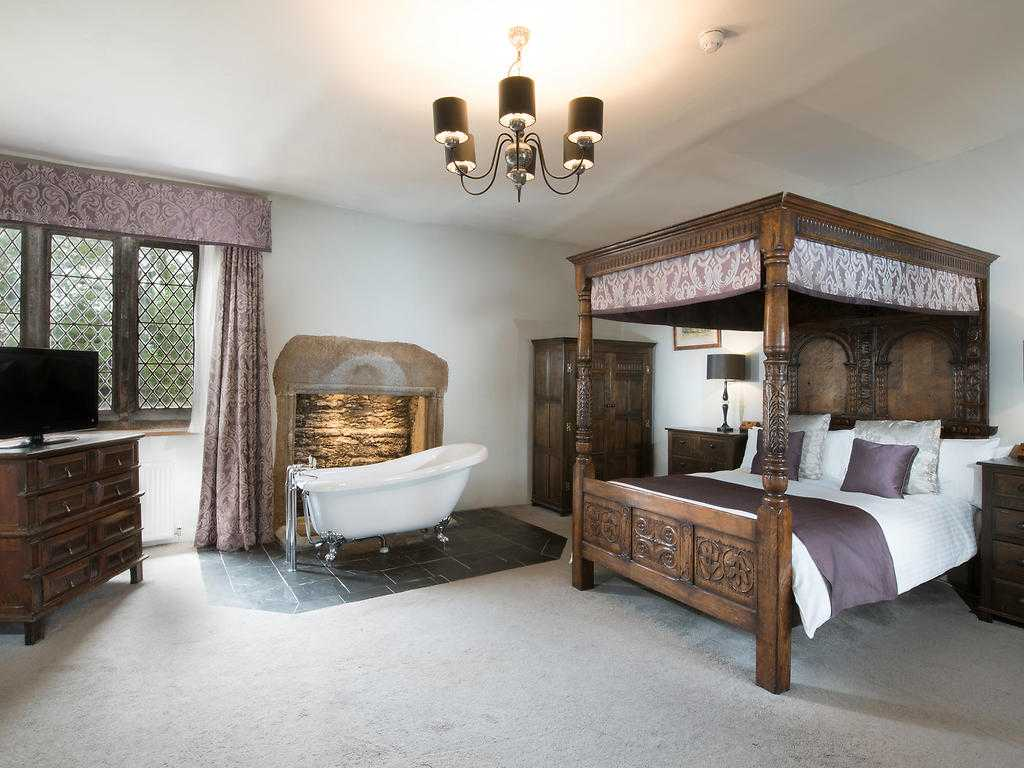 Four Poster room, Boringdon Hall Hotel