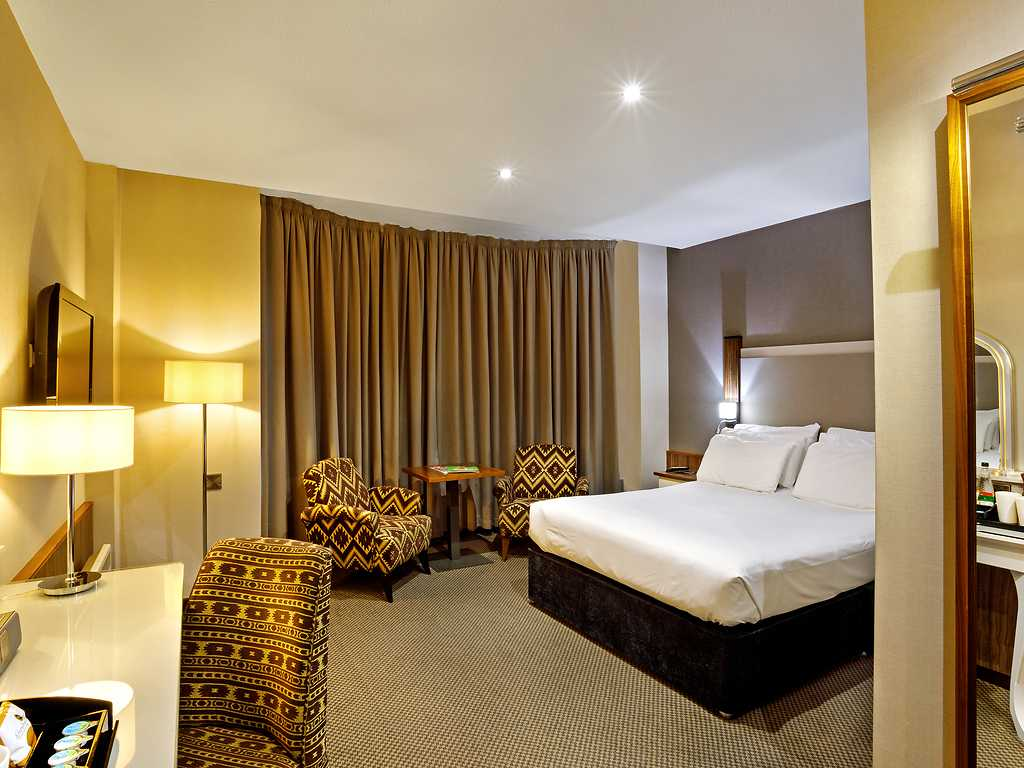 Executive room, Cedar Court Hotel