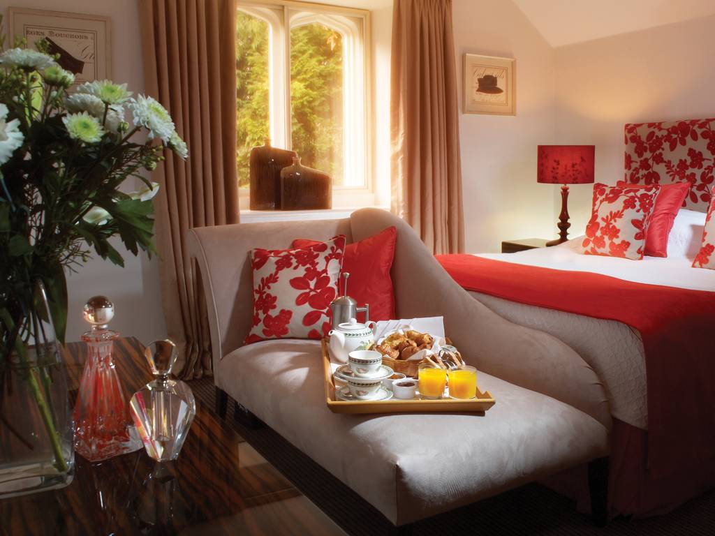 Classic Bedrooms room, Homewood Park Hotel & Spa