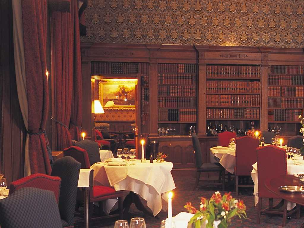 The Library restaurant, Matfen Hall Hotel