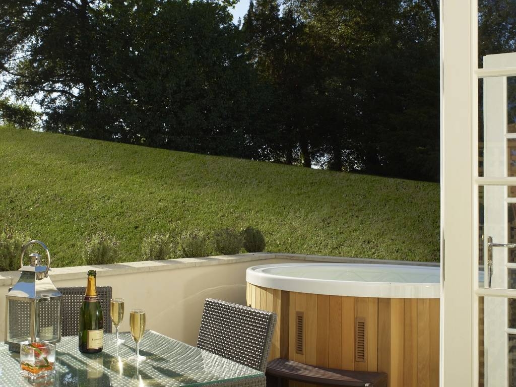 Garden Deluxe (with private hot tub) room, Mount Somerset Hotel & Spa