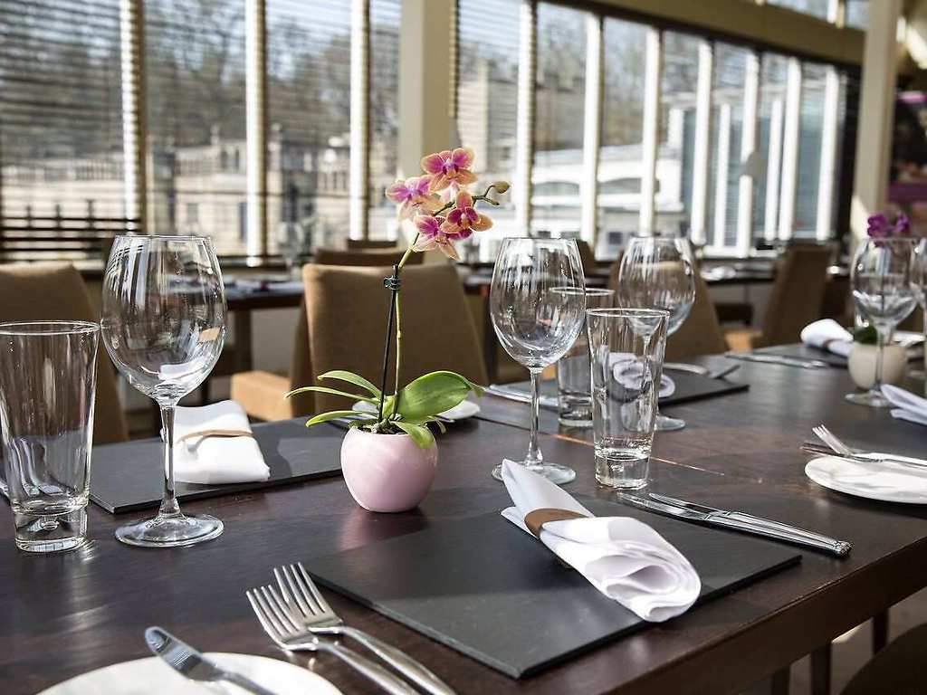 The Conservatory restaurant, Rhinefield House Hotel