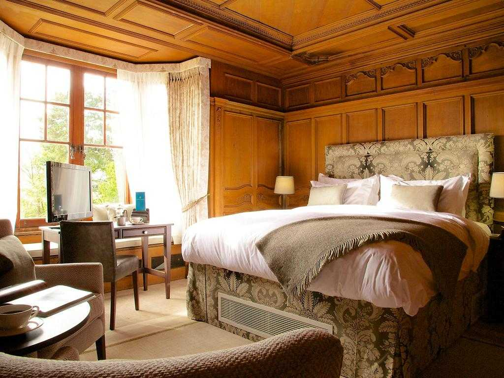 Luxury Hall Feature room, The Wood Norton
