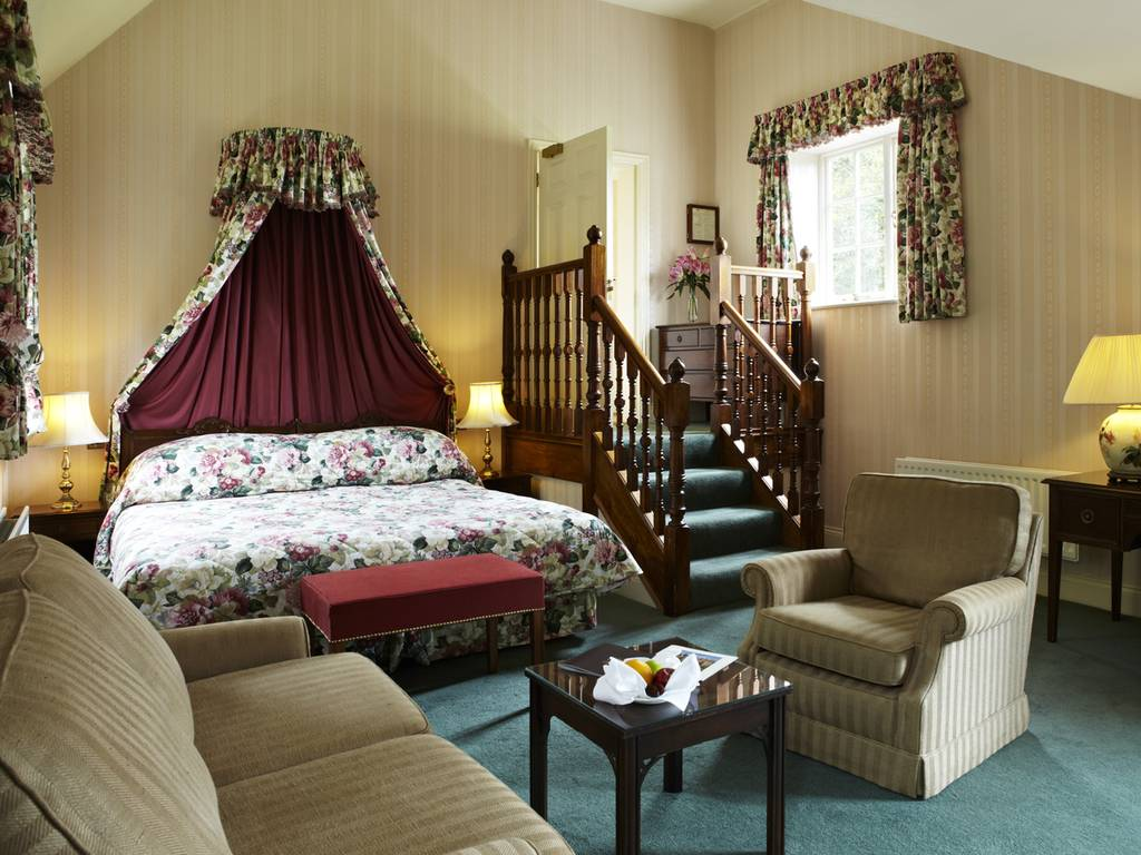 Junior Suites room, Tylney Hall