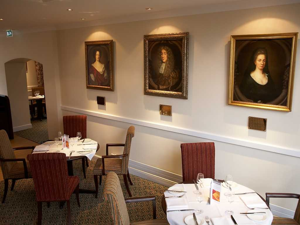 Mary Beale Restaurant restaurant, West Lodge Park Hotel
